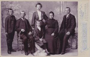 Familie Stienstra-de Vries ± 1910
